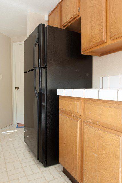 old kitchen needs remodeling.