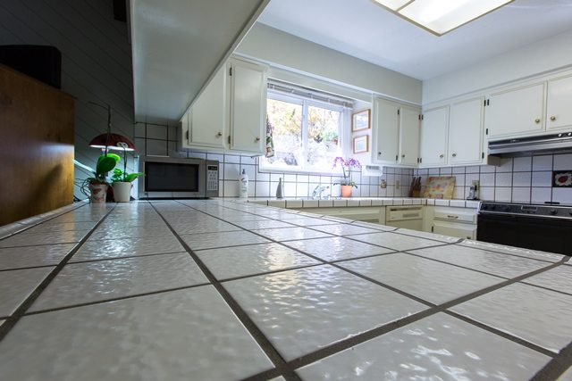 Large Grout kitchen renovation.